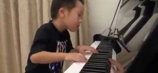 Amazing: 4-Year-Old Boy Plays The Piano Better Than Most Professionals!