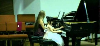 Wonder-Child Concert 2010 Gloria Liu, 7 years old plays  Concerto op. 44 by Berkovich