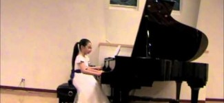 Angela Zhu plays Concerto in D Major by Haydn. Wonder-child Showcase Concert  2013.