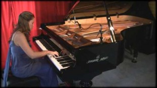 "Amy Janelle performs ""Elder Tree"" at Piano Haven Studio – Shigeru Kawai SK7"