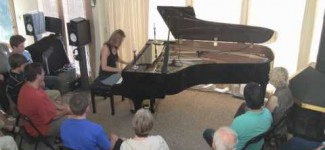 Amy Janelle – Spirited Smile – New Age Solo Piano