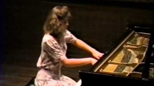 Amy Skjei performing Chopin's Scherzo in B flat Minor 1991