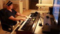 White Christmas jazz piano